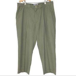 Columbia GRT 38x32 Pleated Hiking Tech Trouser